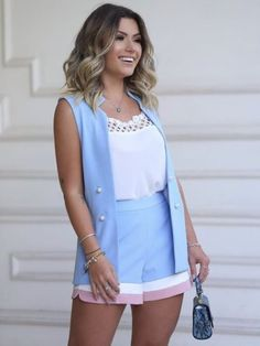 Find the widest assortment of women's tops, and grab chic personal look. Classy Outfits, Chic Outfits, New Outfits, Spring Outfits, Fashion Outfits, Look Con Short, Honeymoon Outfits, Latest Fashion For Women, Casual Chic