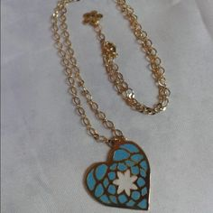 New #heart #mandala #turquoise chain version.  I love sew every heart-mandala and later paint it! A meditative work.  #artisan #artisanjewelry #turquesa #collar #corazones #yogalife #yogajewelry #jewelry #handcrafted #hechoenvenezuela #hechoamano #handmade #love #meditation #equilibrium #joy #equilibrio