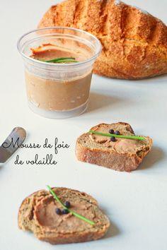 Une recette de mousse de foie de volaille maison pour vos apéritifs ou vous brunchs. De quoi oublier les pâtés industriels! Tapas, Cooking Recipes, Healthy Recipes, Healthy Food, Foie Gras, Charcuterie, Bon Appetit, Peanut Butter, Buffet