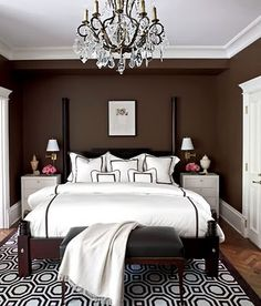 Add style and put the 'dead space' at the foot of your bed to work. #bedroom