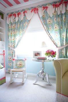 Pretty little girl's room. indulgy.com