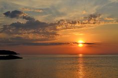Ulko-Tammio Projects To Try, Sea, Celestial, Sunset, Outdoor, Outdoors, The Ocean, Sunsets, Ocean