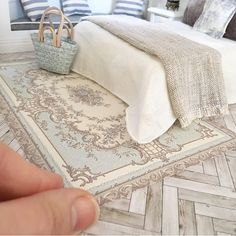 New Aubusson duck egg blue floor rug nook available Doll Furniture Dollhouse Furniture Miniature Furniture Miniature Rooms Miniature Houses My Doll House Barbie House Do. Vitrine Miniature, Miniature Rooms, Miniature Crafts, Miniature Houses, Miniature Furniture, Doll Furniture, Dollhouse Furniture, My Doll House, Barbie Doll House