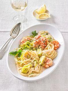 Scampi - Nudeln mit Zitronensoße, ein sehr schönes Rezept aus der Kategorie Gemüse. Bewertungen: 23. Durchschnitt: Ø 4,0.