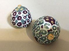 Slip trail and glaze. Pinch Pots, Handmade Pottery, Glaze, Pepper, Trail, Salt, Ceramics, Pattern, Design