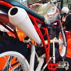 Fucker #14 - Yamaha XT550 - # BF14 # fucking80s # 550xt # de salon2roueslyon de #bfmotorcycles