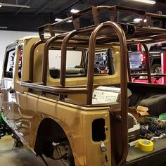 Quick shot of that awesome powdercoating on the Wait til you see this thing in person! Jeep Tj, Jeep Truck, Ford Trucks, Lifted Jeep Cherokee, Jeep Scrambler, Jeep Camping, Ride 2, Custom Jeep, Jeep Gladiator