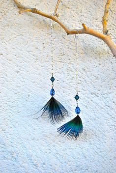 Items similar to Peacock Plumage Feather Earrings with Blue Beads - Style 007 on Etsy Head Jewelry, Feather Jewelry, Jewelry Shop, Boho Jewelry, Jewelery, Jewelry Design, Jewelry Making, Peacock Earrings, Big Earrings