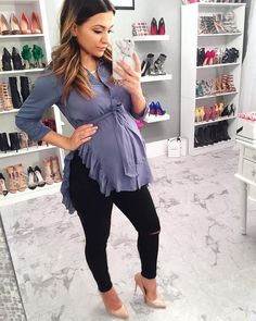 """1c2617a45a3 Zi🎀 on Instagram  """"A black pair of maternity jeans and a cut top are a  MUST for pregnancy! Love this combo! 🤗     This adorable top is from ..."""