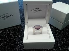 Agate flat ring Agate, Container, Jewellery, Rings, Jewels, Schmuck, Ring, Agates, Jewelry Rings