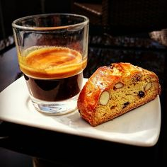 End of work #saverio_barista #enjoy #sunnyday #espresso #coffeetime #coffeelove #coffee #cafe #caffè #caffe #omkafè #cantuccini #selfmade #handmade #homemade #worldbestshot #pictureoftheday #ilovemylife #loveit #Paderborn #Drinks #fattoamano #lifestyle #balcony #yoloswag #vegetarian #germany #italy #napoli #caféitaliano