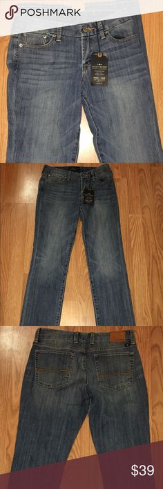 "Lucky Brand Sweet Jeans Straight 4/27 Inseam 33 New with tags!!!  Lucky Brand Sweet Jean Straight easy fit, mid rise jeans. Size 4/27. Hand measurements:  waist:  30"", inseam:  32.75"", rise:  8.5"", leg opening: 7"". Lucky Brand Jeans Straight Leg"