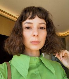 Every cool girl I follow on Instagram has this exact haircut. Short hair never looked so chic.