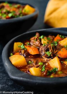 Slow Cooker Oxtail Stew Recipe Slow Cooker Oxtail Stew [Video] – Mommy's Home Cooking Healthy Crockpot Recipes, Slow Cooker Recipes, Healthy Dinner Recipes, Easy Recipes, Crockpot Meals, Amazing Recipes, Healthy Meals, Strip Steak, Tilapia