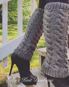 Womens Winter Knee high leg warmers by NellysKnitBoutique on Etsy Chunky Infinity Scarves, Oversized Scarf, Knitted Coffee Sleeve, Knit Leg Warmers, Cable Knit Hat, Crochet Wool, Fingerless Mittens, Women Legs, Boot Cuffs