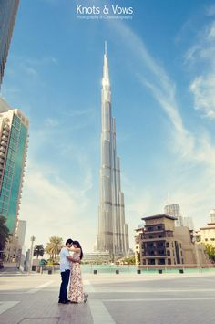 #burjkhalifa #dubai #wedding #prewedding #weddingphotography #destinationwedding Dubai Wedding, Elope Wedding, Pre Wedding Photoshoot, Wedding Shoot, Bridal Photography, Couple Photography, Prenup Photos Ideas, Dubai Things To Do, Perfume Adverts