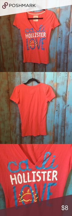 Hollister vneck tee size small Excellent used condition. Hollister vneck tee size small. Always washed in cold and always hung dried. 60% cotton, 40% polyester. No trades! Hollister Tops Tees - Short Sleeve