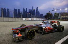 Jenson Button on a soft tyre run during FP1 | Formula 1 photos | ESPN F1