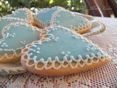 In English   Estas galletas las hice para mis hijas y sobrinas. De todas las galletas decoradas que he hecho por lo que va de año, ésta...