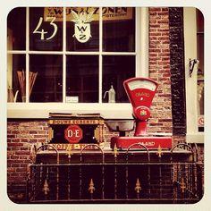 Streets of #amsterdam #ubiquography #holland #igersholland #jj_forum #dutch #ebstyles_gf #earlybirdlove - @alanisko- #webstagram