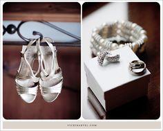 vickibartel-windsor-wedding-photographer-bride-shoes.jpg 900×724 pixels