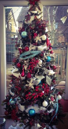 Turquoise, red, silver contemporary christmas tree
