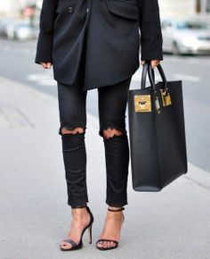 Obsessed with this bag!!! All black with a Sophie Hulme bag. Get yours: http://rstyle.me/n/n5ng24ni6