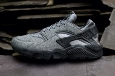 the latest 7f826 4b31e Buy Nike Air Huarache Mens Grey Black Black Friday Deals from Reliable Nike  Air Huarache Mens Grey Black Black Friday Deals suppliers.