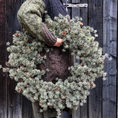 1 million+ Stunning Free Images to Use Anywhere Christmas Advent Wreath, Blue Christmas Decor, Christmas Love, Holiday Wreaths, Christmas Decorations, Holiday Decor, Christmas Interiors, Natural Christmas, Deco Floral