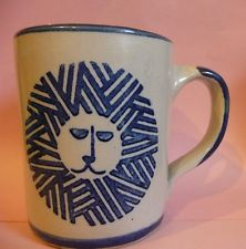Louisville Stoneware Mug Cup with Lion in Blue, King of the Jungle