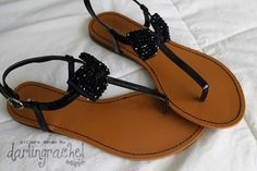 Black sandals with bows