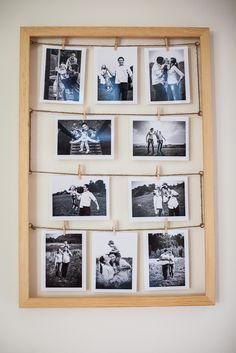 Duża ramka na zdjęcia. Bardzo interesującym i w miarę tanim elementem dekoracji salonu, sypialni może być ramka na zdjęcia. Warto przy tym stawiać na dużą ramkę, w której to pomieścimy kilka rodzinnych lub interesujących fotografii. Taka dekoracja może zarówno zostać powieszona, jak i oparta o ścianę lub meble. Świetnym pomysłem dekoracyjnym jest wybór w centrum dużej ramki oraz kilku mniejszych po bokach. #Salon #sypialnia #dekoracja ##ramka ##na zdjęcia
