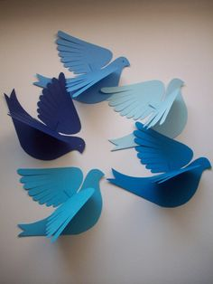 Five cute cardstock paper birds in blue for attaching to a wall or wall - DIY Origami Summer Crafts, Diy And Crafts, Craft Projects, Crafts For Kids, Arts And Crafts, Welding Projects, Recycled Crafts, Origami Paper, Diy Paper