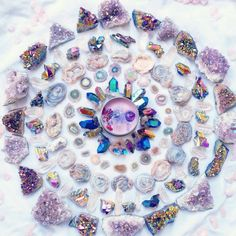 Crystal Grid Layout :) With Beautiful Amethyst Crystals, Aura Chalcedony, Titanium Quartz and Amethyst Stalactites Crystal Magic, Crystal Grid, Quartz Crystal, Crystals And Gemstones, Stones And Crystals, Rare Gemstones, Gem Stones, Healing Crystals, Healing Stones