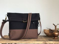 Business slim backpacks from Aris Bags. Customize your new backpack for work. You can bring this minimalist multipurpose bag to the office. Office bag for women's. Messenger Backpack, Canvas Backpack, Office Bags For Women, Minimalist Bag, Types Of Bag, Brown Canvas, One Bag, Satchel, Shoulder Bag