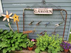 Organized Clutter: Junk Gardening: You Either Get It or You Don't! Garden Junk, Garden Gates, Lawn And Garden, Garden Crafts, Garden Art, Garden Ideas, Succulents Garden, Planting Flowers, Recycled Yard Art