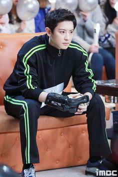 Baekhyun Chanyeol, Exo Kai, Kpop Exo, Chansoo, Chanbaek, Luhan And Kris, Kris Wu, Rapper, Exo Lockscreen