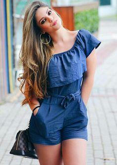 Body tipo cachetero  Blusa con con escote asimétrico y sobre capa con bolero tipo campesino Cute Dresses, Casual Dresses, Fashion Dresses, Casual Outfits, Cute Outfits, Fashion Mode, Teen Fashion, Womens Fashion, Mode Rockabilly