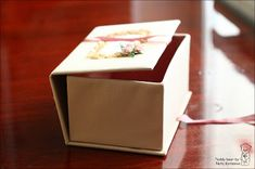 How to make a box out of paper Packing Boxes, How To Make Box, Diy Arts And Crafts, Kids Room, Projects To Try, Wedding Decorations, Gift Wrapping, Holiday, Gifts