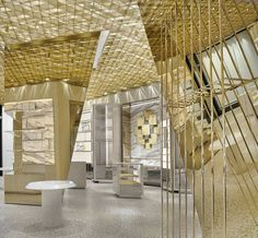 Versace's Miami – The New Store Designed by Gwenael Nicolas Showroom Interior Design, Modern Interior Design, Interior Designing, Versace Miami, Versace Store, Miami Store, Floating House, Place Of Worship, Retail Shop