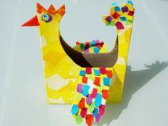 Créez avec votre enfant un magnifique petit panier de Pâques pour ramasser les oeufs en chocolat ! Trop facile avec le gabarit de C-MonEtiquette !