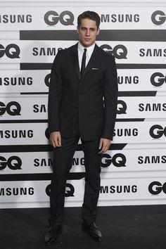 {Martin Rivas - 2015 GQ Men of the Year Awards} Spanish People, Spanish Men, Actors Male, Gq Men, Great Smiles, Book Tv, Attractive Men, Handsome Boys, Cute Boys