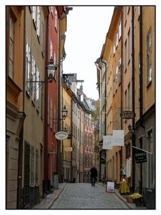 An Old Town alley in Stockholm. #PinStockholm Beauty that I would want to discover! Hang with the locals and enjoy local delicacies!