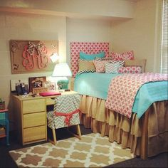 Love 9ve this dorm room bedding