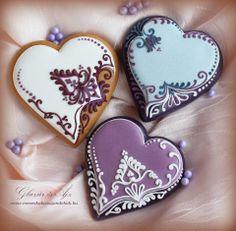 Hearts by Cookie Connection Cookies Cupcake, Fancy Cookies, Cookie Icing, Iced Cookies, Cute Cookies, Royal Icing Cookies, Cookies Et Biscuits, Sugar Cookies, Cupcakes