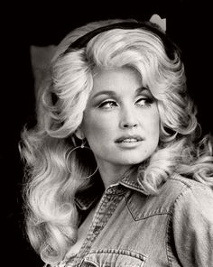 Vintage: Portraits of Dolly Parton (1970s) | MONOVISIONS