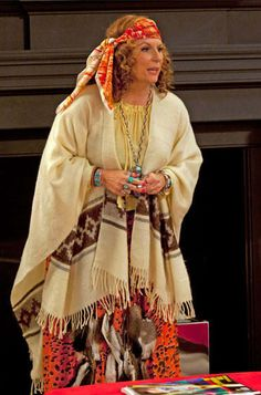 """19 Signs You Might Be Edina Monsoon From """"Absolutely Fabulous"""""""