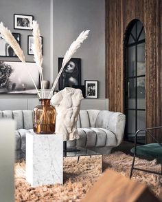 7 Amazing Scandinavian Living Room Designs Collection - Hoomble - Creating a welcoming spot for your guests to hang out in is critical when you are looking at focusi - Mid-century Interior, Living Room Interior, Home Interior Design, Living Room Furniture, Living Room Decor Grey Walls, Interior Livingroom, House Furniture, Interior Styling, Next Living Room