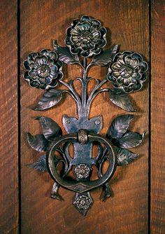 Exquisite floral door handle by Carl Close Jr., Hammersmith Studios www.hammersmithstudio.com