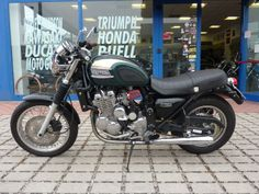 Triumph Thunderbird 900, revisited in details, by Chop's 76